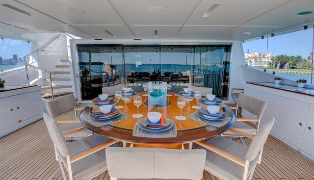 New Waves Charter Yacht - 4