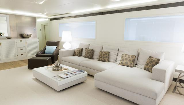 Be Cool² Charter Yacht - 4