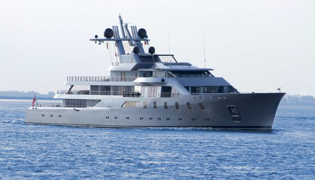 Pacific Charter Yacht