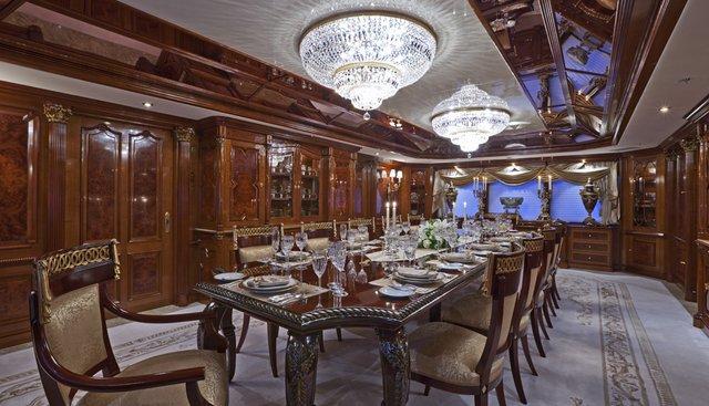 Horizons III Charter Yacht - 7