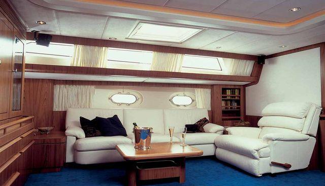 Azzura Charter Yacht - 6
