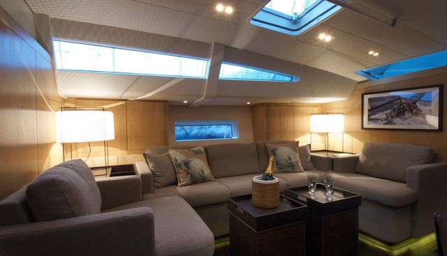 YCH2 Charter Yacht - 4