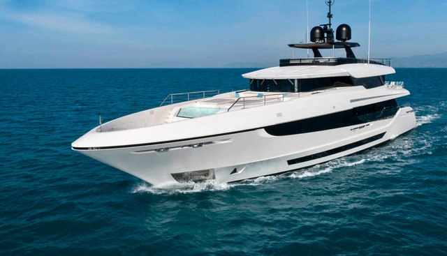 4US Charter Yacht