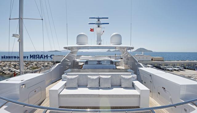 Happy T Charter Yacht - 6