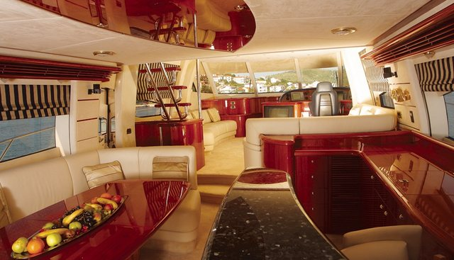 Sir Oliver Charter Yacht - 4