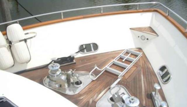 Pure Charter Yacht - 4