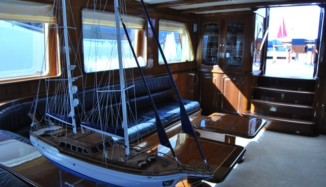 Voyage Charter Yacht - 6
