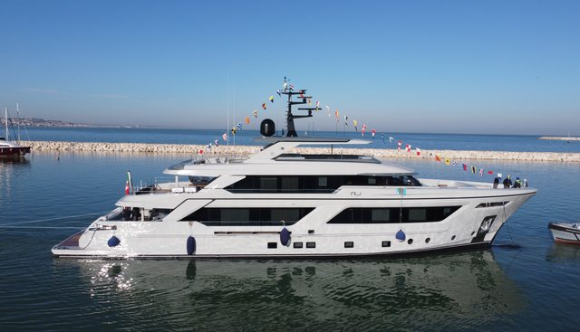 RJ Charter Yacht