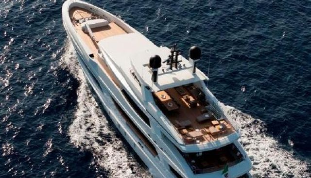 Mr T Charter Yacht - 3