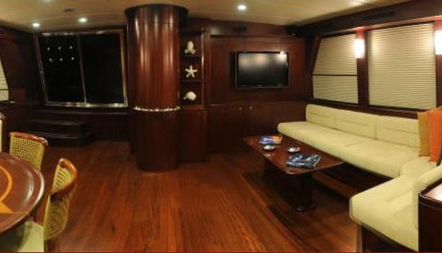 Vivien Charter Yacht - 7