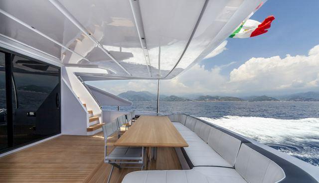 Drifter Amer Charter Yacht - 4