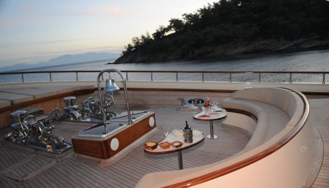 Vivien Charter Yacht - 2