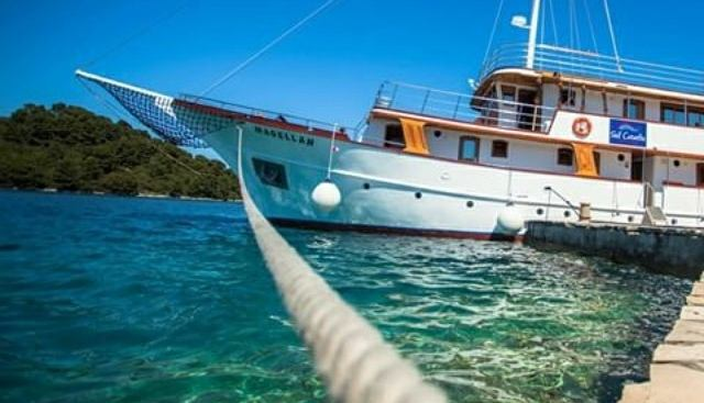Magellan Charter Yacht - 8