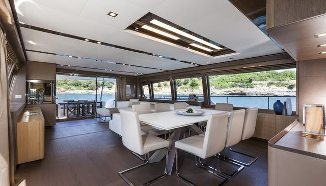 In Too Deep Charter Yacht - 7