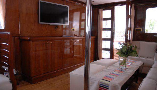 Black Pepper Charter Yacht - 7