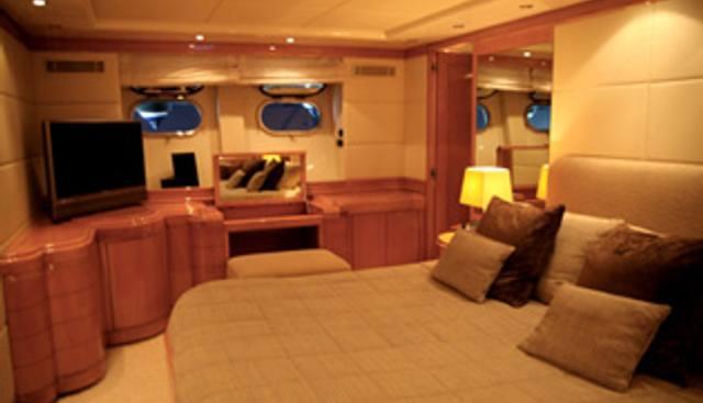 Royal B Charter Yacht - 7