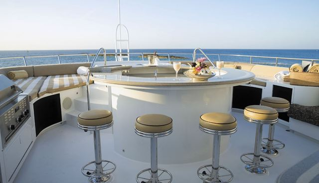Incentive Charter Yacht - 3