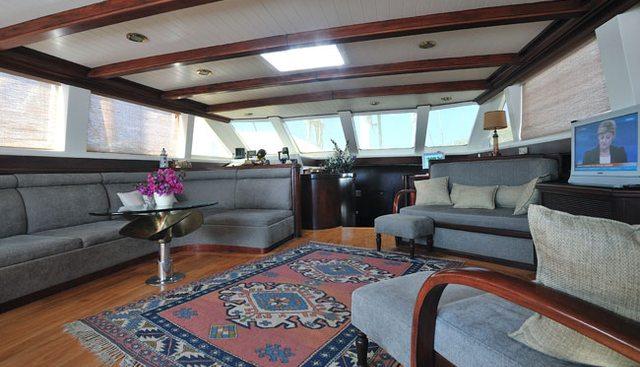 Motif Charter Yacht - 7