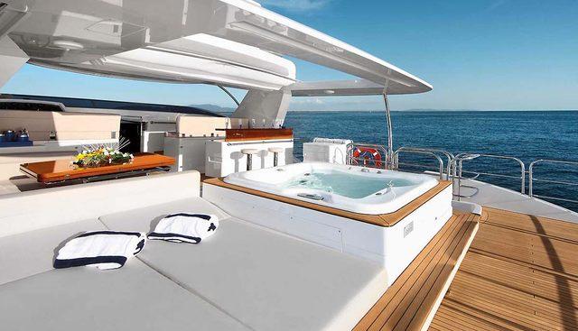 Mister Z Charter Yacht - 3