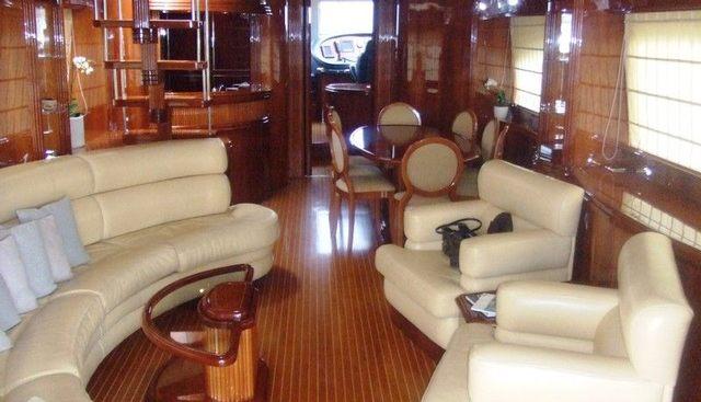 Daphne Charter Yacht - 3