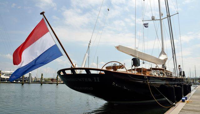 Windhunter Charter Yacht - 4