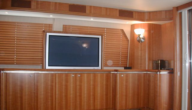 Rae Lynn Charter Yacht - 2