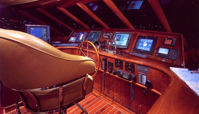 Forty Love Charter Yacht - 7