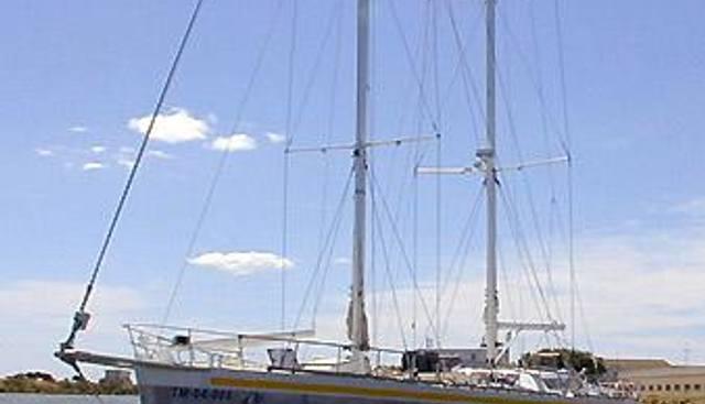 Antsiva Charter Yacht - 2