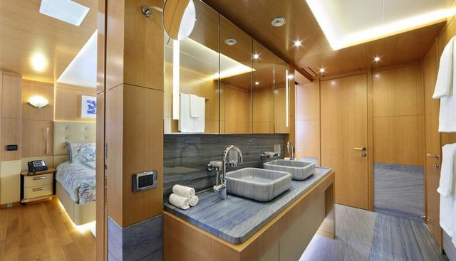 Miss Lily Charter Yacht - 7