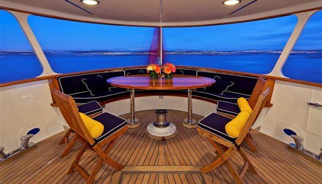Beija Flor Charter Yacht - 3