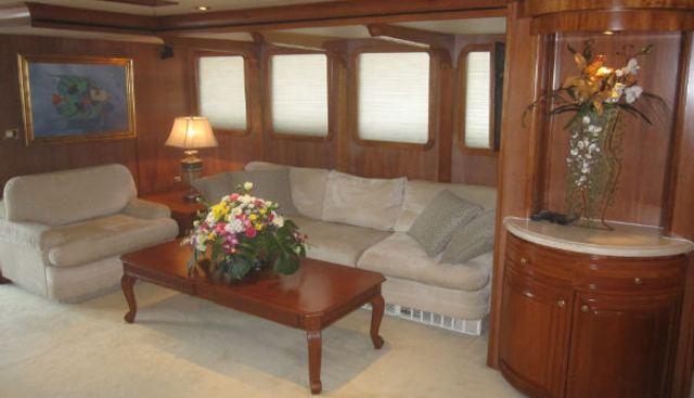 Newcastle Explorer 102' Charter Yacht - 4