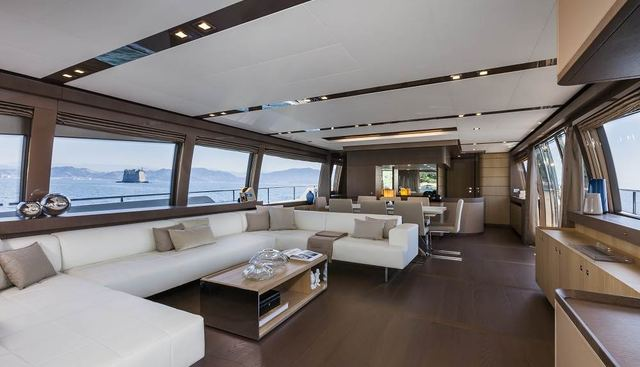 In Too Deep Charter Yacht - 4