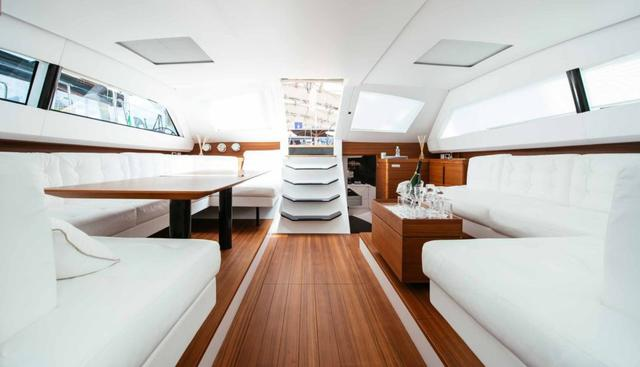 Grillo Parlante Charter Yacht - 6