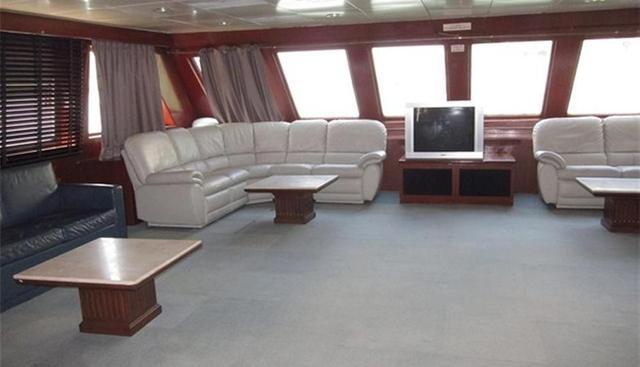 Harbour Queen Charter Yacht - 5
