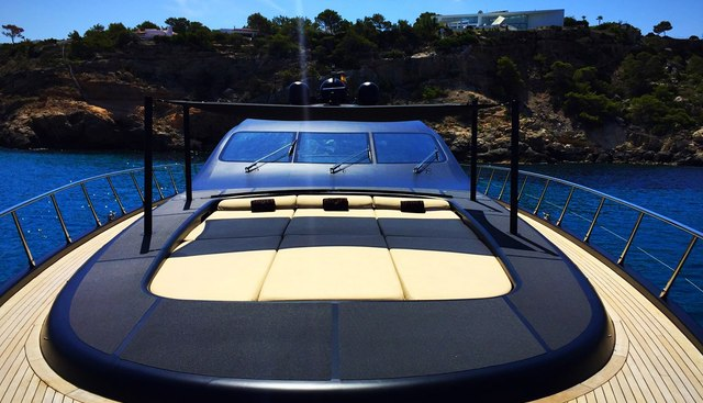 Neoprene Charter Yacht - 2