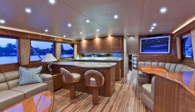 Barefoot Charter Yacht - 4