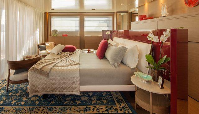 Saramour Charter Yacht - 8