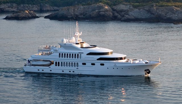 Matrix Rose Charter Yacht