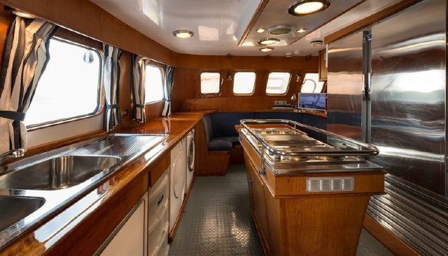 Five Angels Charter Yacht - 6