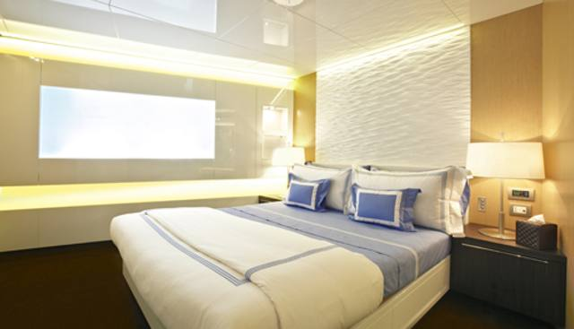 Eternity 44 Charter Yacht - 7