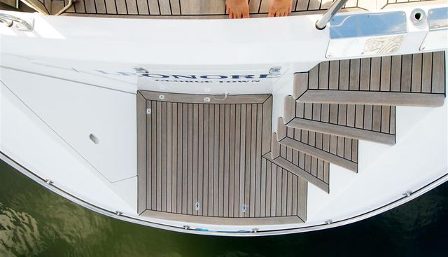 Leonore Charter Yacht - 3