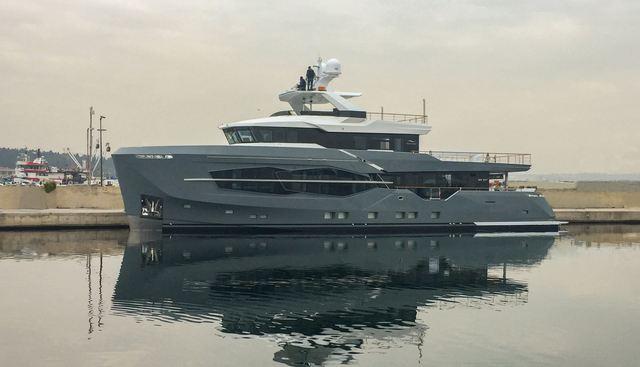 Q.M. Charter Yacht - 3