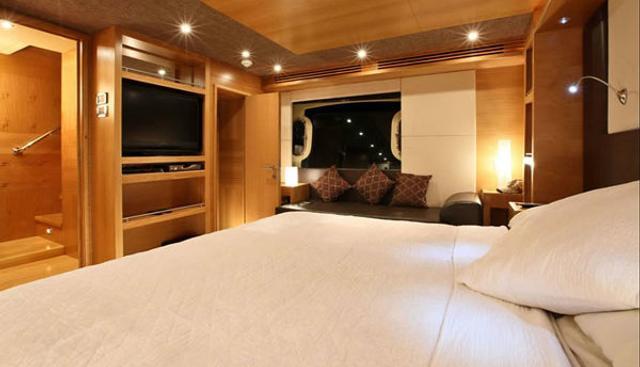 Duretti 85 Charter Yacht - 8