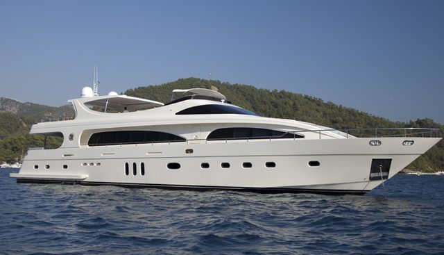 Joan's Beach Charter Yacht
