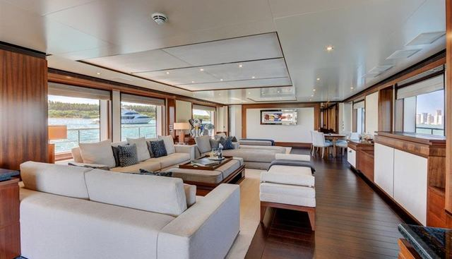 New Waves Charter Yacht - 7