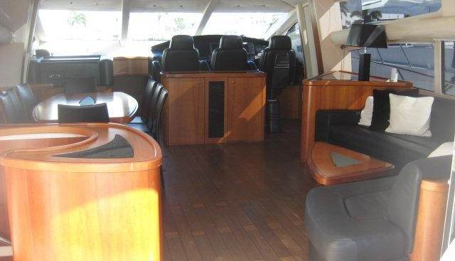 Doctor No Charter Yacht - 4