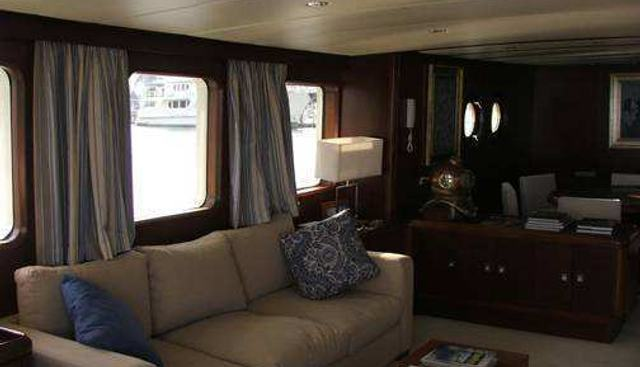 Moon Phase Charter Yacht - 5