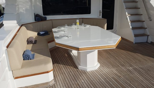 Spice of Life Charter Yacht - 3