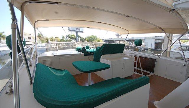 Kin Ship Charter Yacht - 3