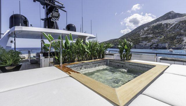LEL Charter Yacht - 2